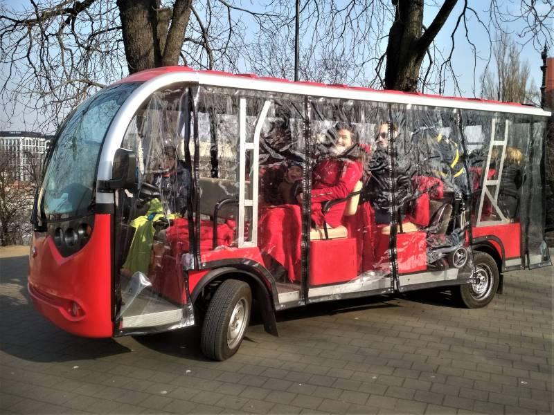 turystyczny meleks elektryczny autobus zwiedzanie rodzinne zwiedzanie dla dzieci wycieczki z dziecmi obazjdowe zwiedzanie