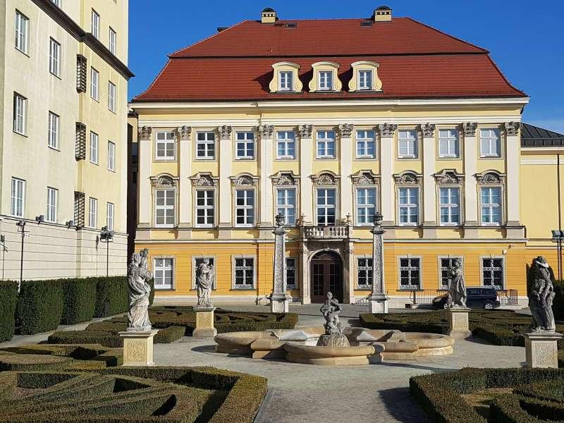 palac krolewski muzeum historyczne wroclawia